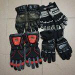 Zgoraj letne in spodaj zimske rokavice (levo Alenove, desno Kajine)