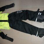 Dežna obleka (jakna, hlače, rokavice in čevlji)
