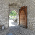 Eden od vhodov v obzidju