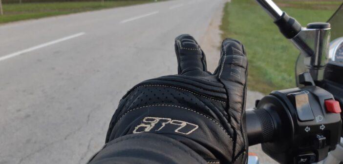 Znakovno sporazumevanje motoristov